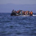 Yunanistan'dan Türkiye sınırına 'yüzen bariyer'