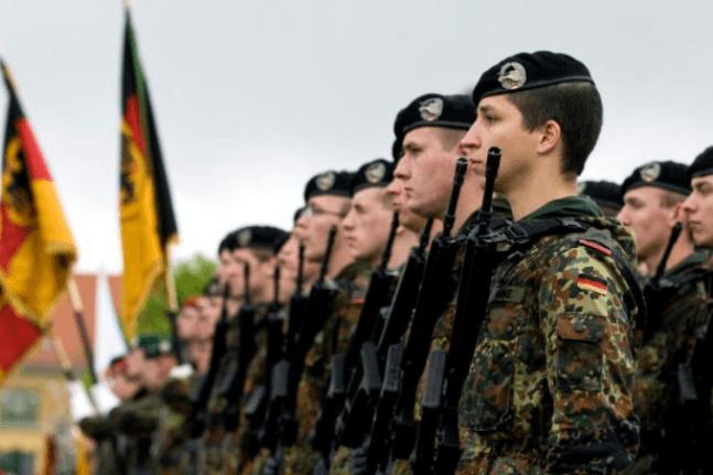 Almanya'da 37 bin asker hazır bekletiliyor