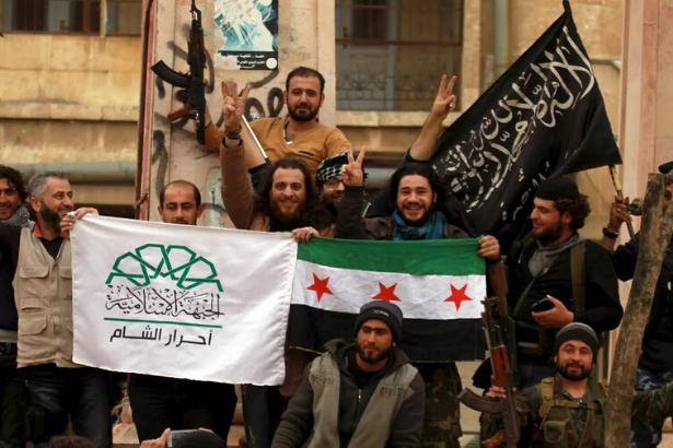 İngiltere'nin Suriye'deki cihatçıları aklamak için kurduğu propaganda ağı belgelendi