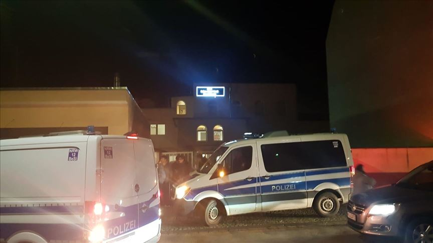 Almanya'da üç camiye bomba ihbarı yapıldı