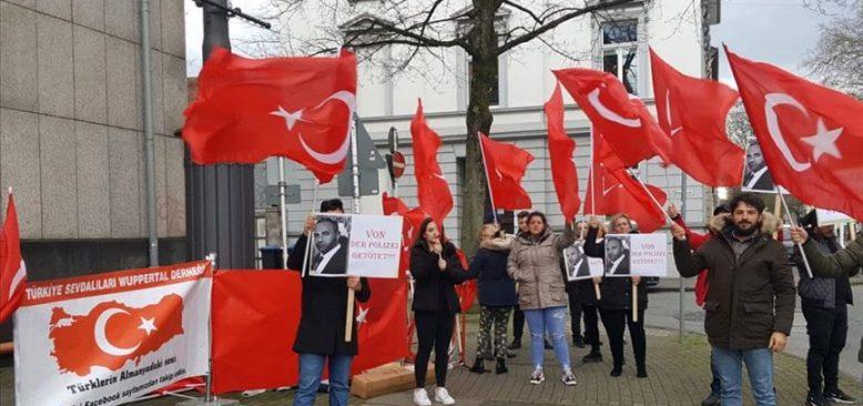 Almanya'da Hamit Paksoy'un katledilmesi unutulmadı