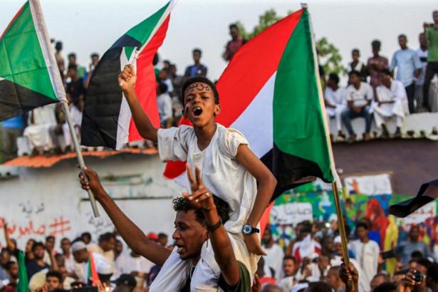 Sudan Komünist Partisi: Hükümet İsrail'le görüşerek devrime ihanet etti