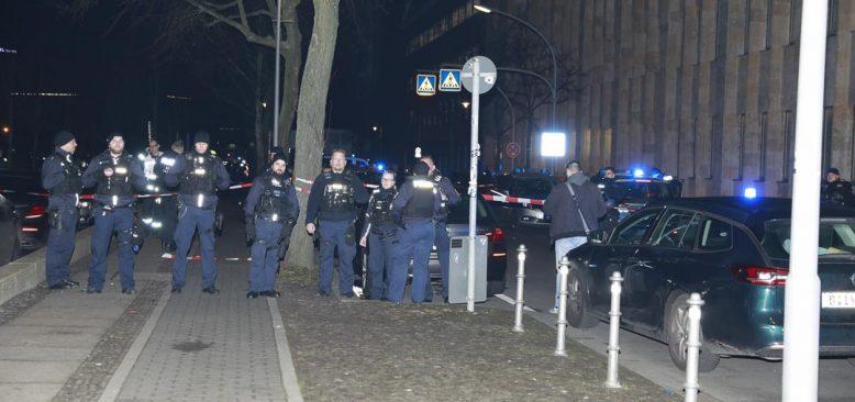 Berlin`de Türkler arasında silahlı çatışma, bir ölü dört yaralı