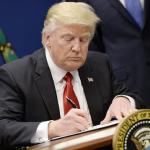 Trump, Kuzey Akım 2'ye yaptırım için bakanlığa yetki verdi