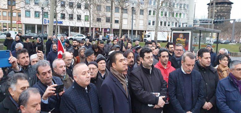 Hanau saldırısına protestolar çığ gibi büyüyor