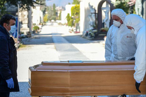 Almanya'da Salgın Nedeniyle Ölen Türklerin Sayısı 92'ye Çıktı