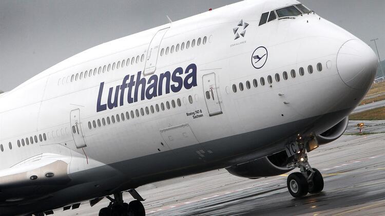 Lufthansa koronavirüs nedeniyle devletten mali destek istemeyi planlıyor