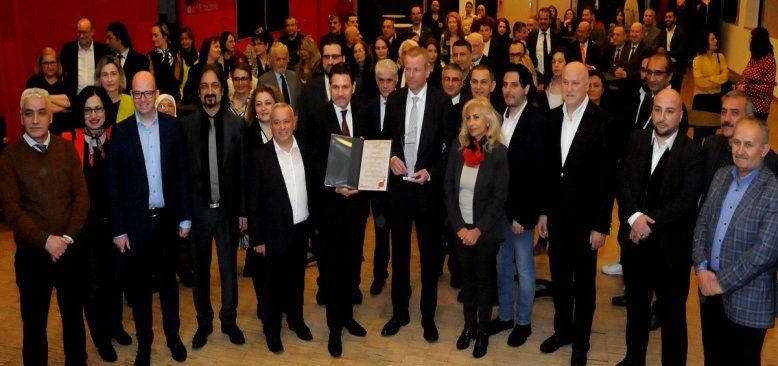 Nürnberg Türk toplumundan Başkan Maly'e jest