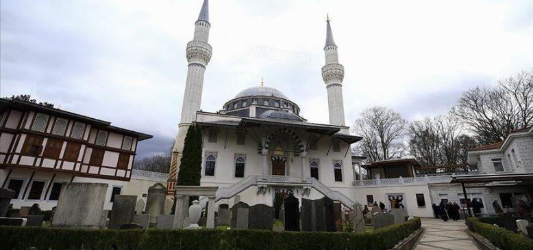 Almanya'da camilerin mayısta açılması gündemde