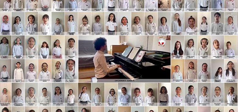 Piyanist Can Çakmur ile '100 Çocuk Korosu' online ortamda 23 Nisan Marşı'nı seslendirdi