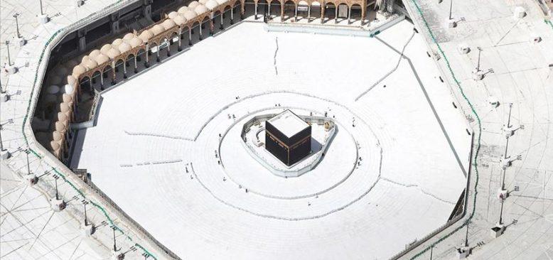 Suudi Arabistan Başmüftüsü: Kovid-19 nedeniyle teravih ve bayram namazı evlerde kılınacak