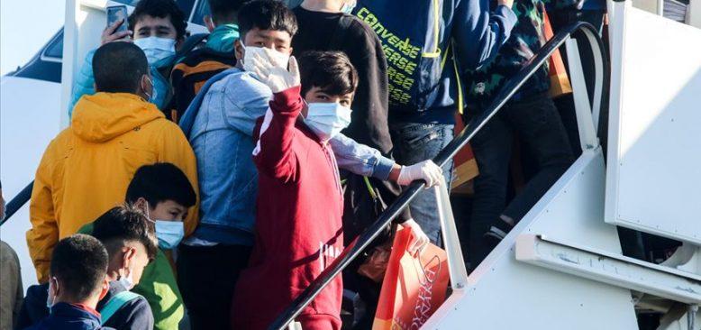 Yunanistan'daki kamplarda yaşayan refakatsiz 47 mülteci çocuk Almanya'ya ulaştı