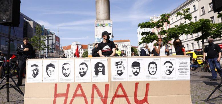Berlin'de ırkçılık protesto edildi