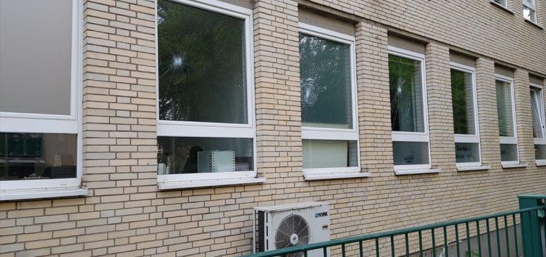 Almanya'da DİTİB`e taşlı saldırı