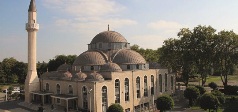 Almanya'daki 3 camiye İslamofobik tehdit mektubu