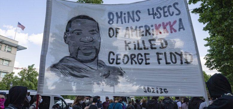 Berlin`de George Floyd için dayanışma eylemi