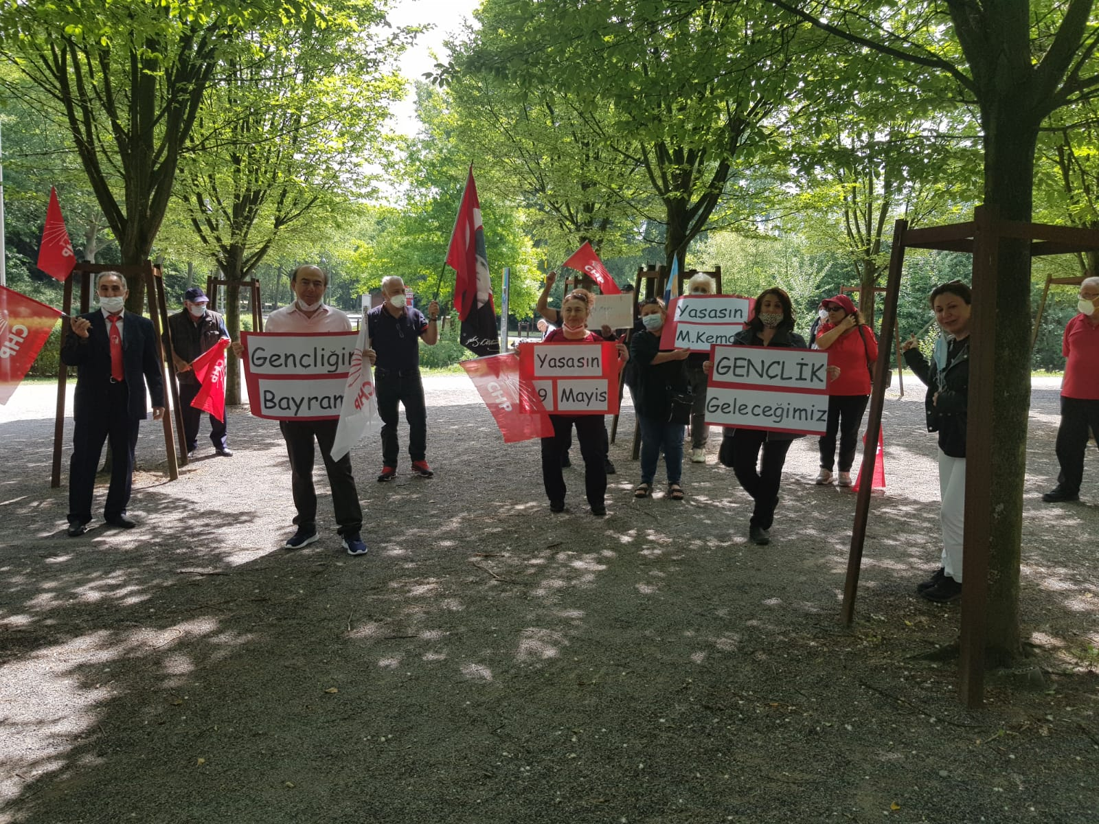 CHP NRW Birliği 19 Mayıs'ı kutladı