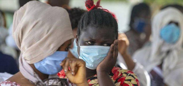 Afrika'da Kovid-19 vakaları ve ölümler artıyor