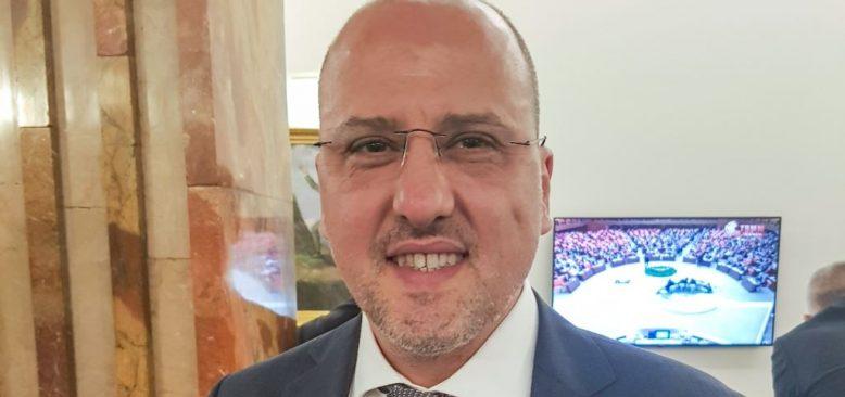 Ahmet Şık HDP'den İstifa Etti