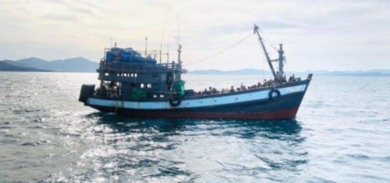 Binden Fazla Arakanlı Müslüman Denizde Mahsur Kaldı