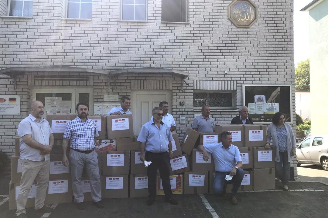 DİTİB karantinadaki mültecilere yardım eli uzattı
