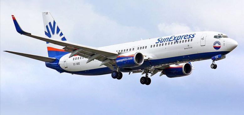 Seyahat uyarısına rağmen Sunexpress uçuşlara başladı