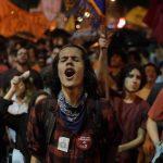 Brezilya'daki Gösteriler de Şiddet Eylemlerine Dönüştü