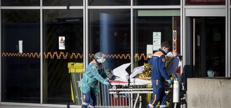 Fransa'da hükümetin salgın yönetimine soruşturma
