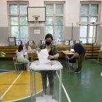 Ruslar Tartışmalı Anayasa Referandumu İçin Sandık Başında