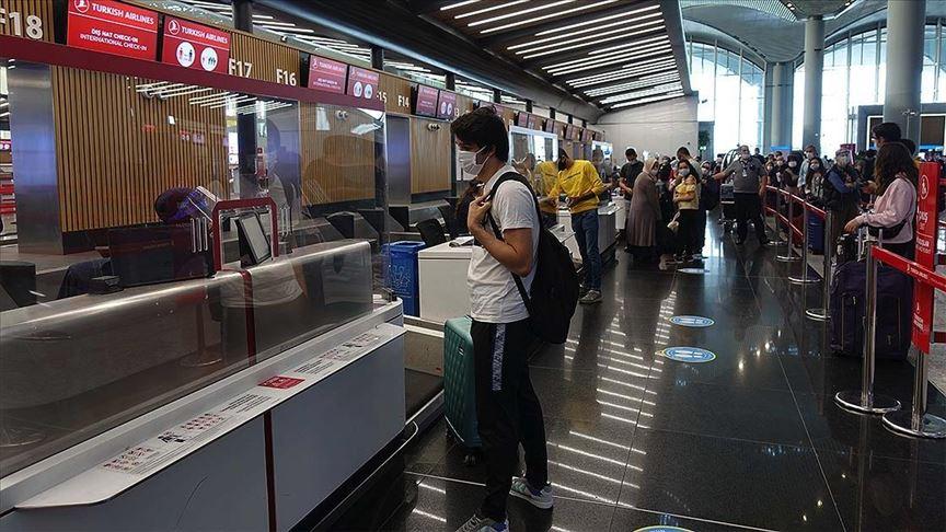 İstanbul havalimanlarında yurt dışı uçuşları yeniden başladı