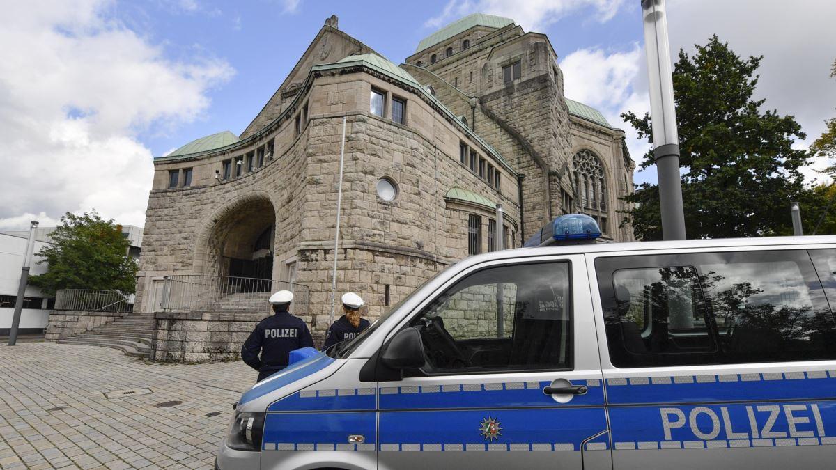 Almanya'da Aşırı Sağcı Saldırganın Yargılamasına Başlanıyor