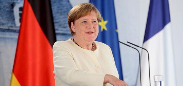 Merkel'in Sözcüsünün Ekibinde Mısırlı Casus Soruşturması