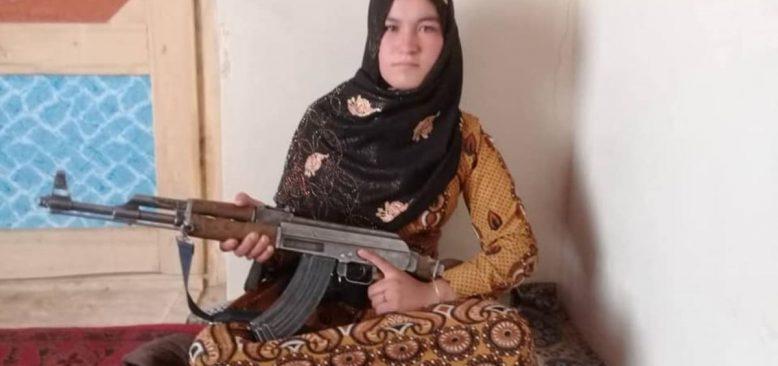 Taleban Militanlarını Öldüren Afgan Kız Ulusal Kahraman Oldu
