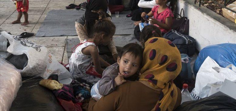 Yunanistan'daki mülteci kamplarına 'durum felaket' yorumu