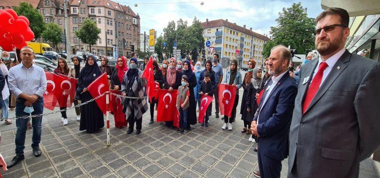 Nürnberg'de, 15 Temmuz Demokrasi ve Milli Birlik Etkinliği