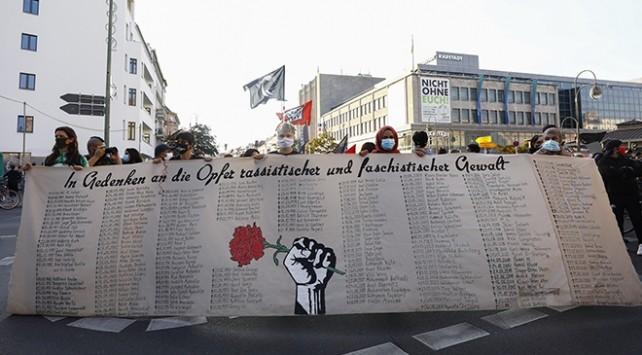 Hanau'daki ırkçı terör saldırısında hayatını kaybedenler anıldı