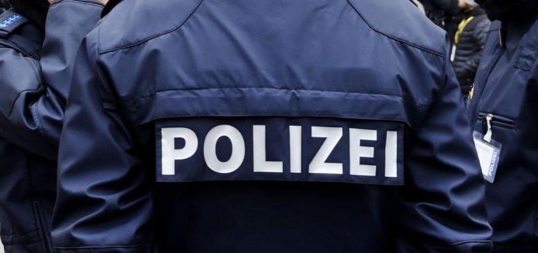 Alman Polisinin Göçmenlere Yönelik Tutumu Tartışma Yaratıyor