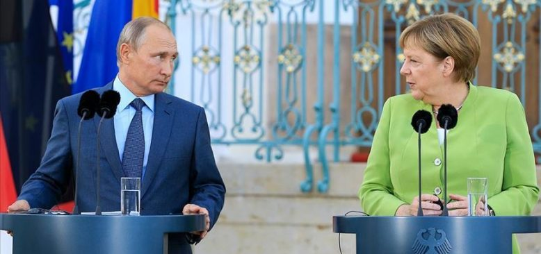 Putin, Merkel ve Macron ile Belarus'u görüştü