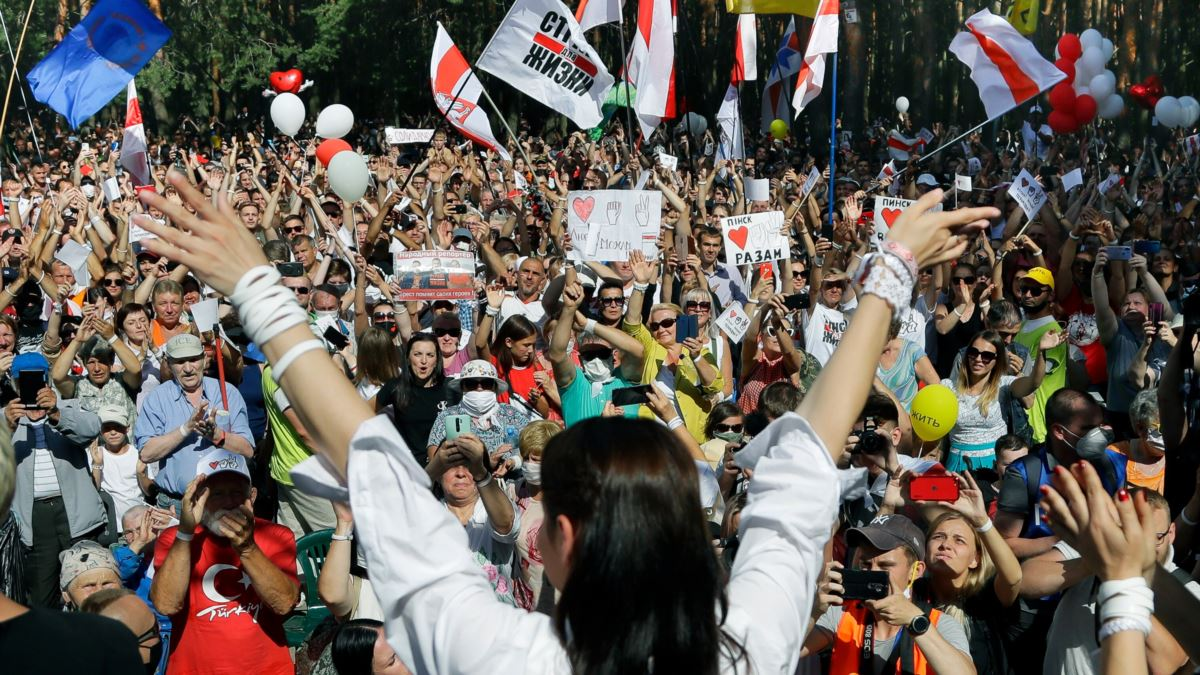 Belarus'ta Gergin Cumhurbaşkanlığı Seçimi