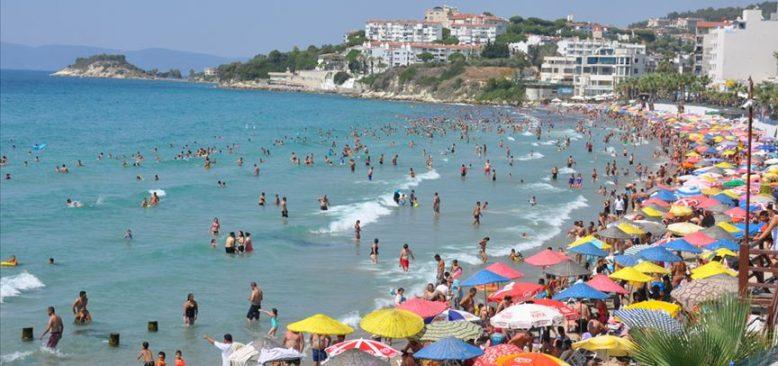 Tatilde tedbirsizliğin bedeli: Son 45 günün en yüksek vaka sayısı