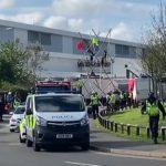 İngiltere'de Eylemciler Murdoch'a Ait Matbaaları Hedef aldi