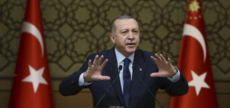 """Erdoğan'dan Fransa Cumhurbaşkanı Macron'a: """"Kifayetsiz Muhteris"""""""