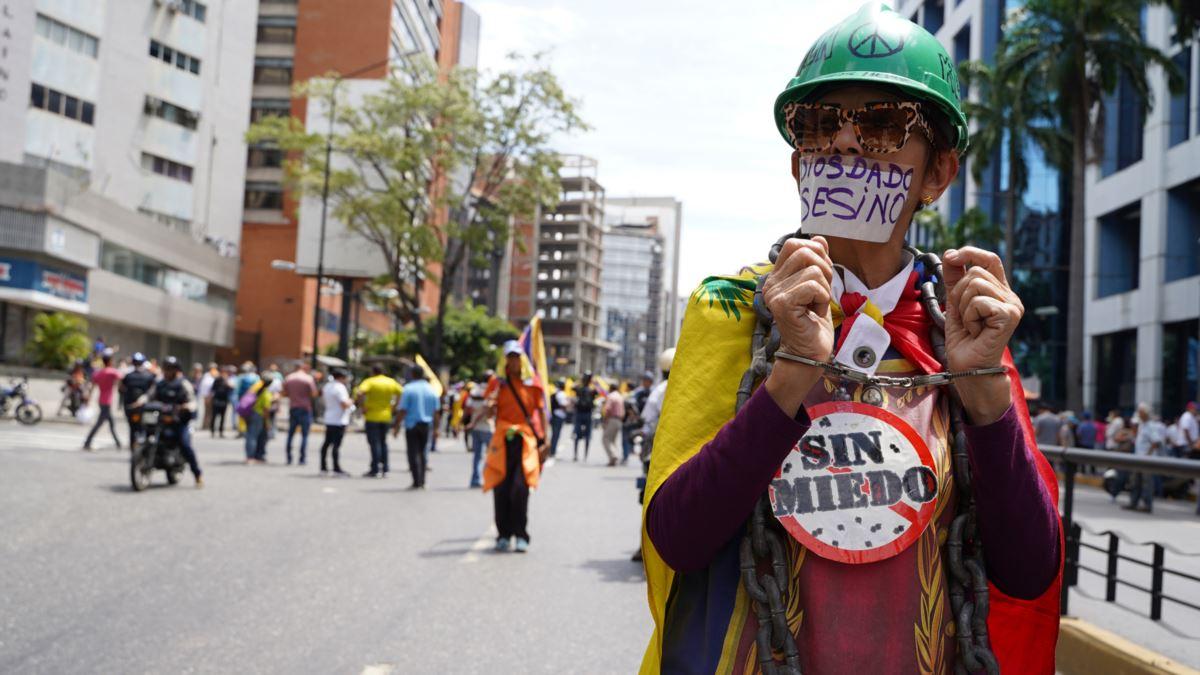 """""""Latin Amerika'da Basın Özgürlüğü Tehdit Altında"""""""