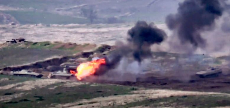 Ermenistan'la Çatışan Azerbaycan Kısmi Seferberlik İlan Etti