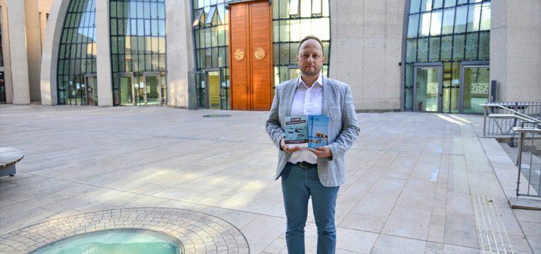 Almanya'da camiler 3 Ekim'de