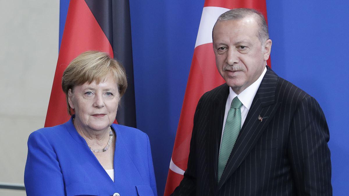Erdoğan ve Merkel Telefonda Doğu Akdeniz'i Görüştü
