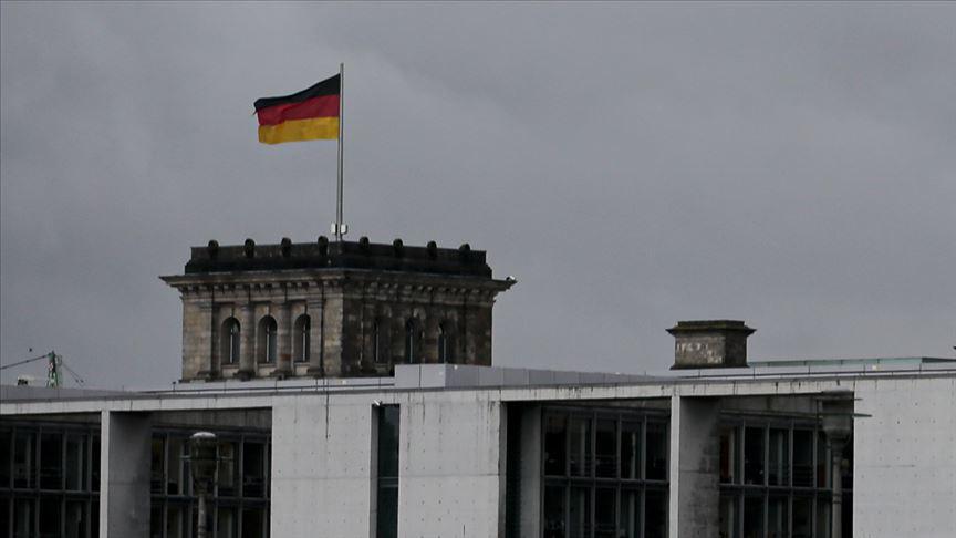 Almanya'da PKK yandaşları ile polis arasında arbede çıktı