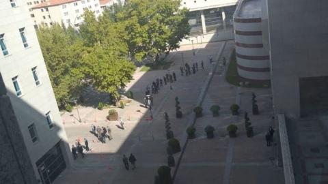 AKP grup toplantısı öncesi Meclis'te test kuyruğu