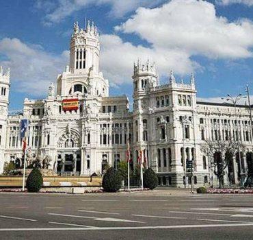 İspanya ve Portekiz'de Kovid-19'da yüksek vaka artışları sürüyor