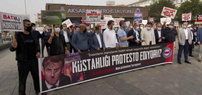 İstanbul'da 'Macron' Protestosu